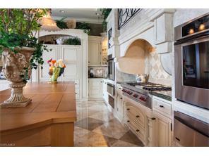 Naples Real Estate - MLS#216064000 Photo 10