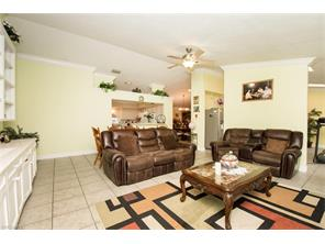Naples Real Estate - MLS#217029300 Photo 11
