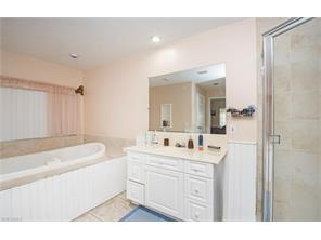 Naples Real Estate - MLS#217029300 Photo 19