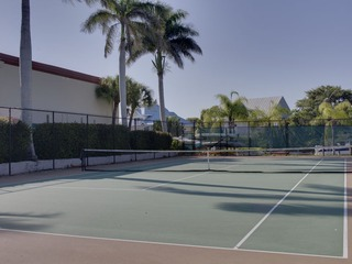 Naples Real Estate - MLS#211011502 Photo 17