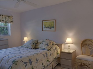 Naples Real Estate - MLS#211011502 Photo 11
