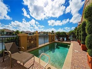 Naples Real Estate - MLS#216065703 Photo 3