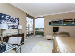 Naples Real Estate - MLS#216071603 Photo 11