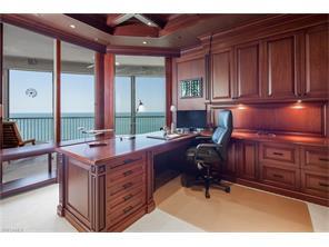 Naples Real Estate - MLS#216071703 Photo 12