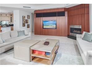 Naples Real Estate - MLS#216071703 Photo 17