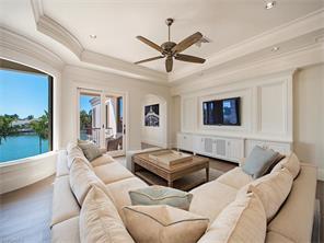 Naples Real Estate - MLS#217015503 Photo 18