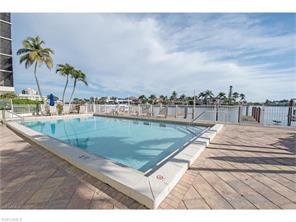 Naples Real Estate - MLS#217017903 Photo 6