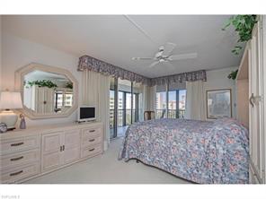 Naples Real Estate - MLS#217017903 Photo 11