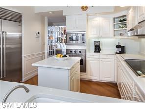 Naples Real Estate - MLS#216035604 Photo 6
