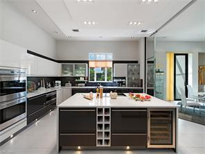 Naples Real Estate - MLS#216054804 Photo 13