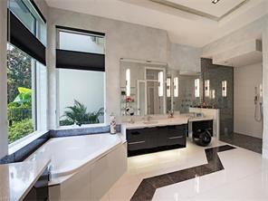 Naples Real Estate - MLS#216054804 Photo 27
