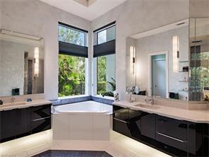 Naples Real Estate - MLS#216054804 Photo 22