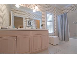 Naples Real Estate - MLS#217005104 Photo 17