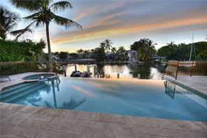 Naples Real Estate - MLS#217024004 Photo 4