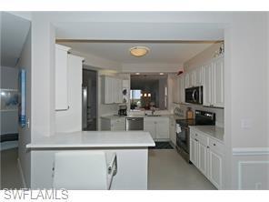 Naples Real Estate - MLS#215060405 Photo 11
