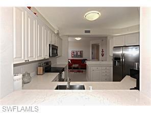 Naples Real Estate - MLS#215060405 Photo 10