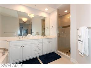 Naples Real Estate - MLS#215060405 Photo 24
