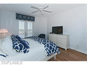 Naples Real Estate - MLS#215060405 Photo 22