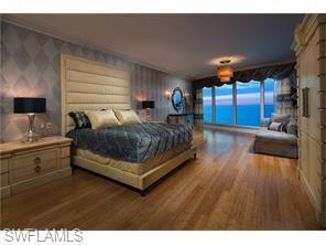 Naples Real Estate - MLS#216016305 Photo 2