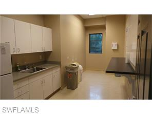Naples Real Estate - MLS#216032805 Photo 4