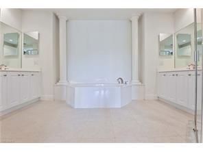 Naples Real Estate - MLS#217033405 Photo 9
