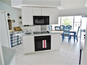 Naples Real Estate - MLS#217002106 Photo 5