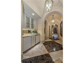 Naples Real Estate - MLS#216068009 Photo 12