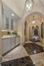 Naples Real Estate - MLS#216068009 Photo 11