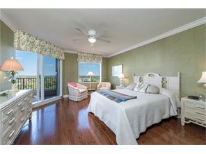 Naples Real Estate - MLS#217021409 Photo 5