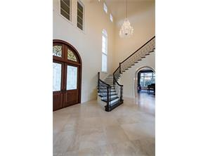 Naples Real Estate - MLS#217024709 Photo 5