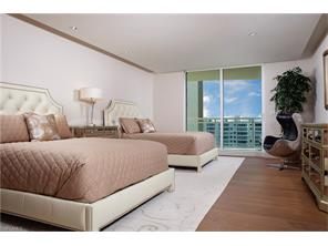 Naples Real Estate - MLS#216068610 Photo 8