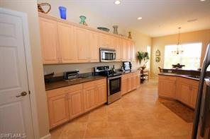 Naples Real Estate - MLS#217023410 Photo 9