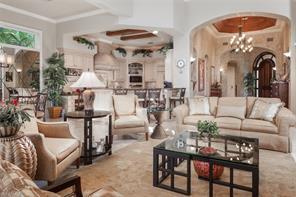 Naples Real Estate - MLS#216069611 Photo 4