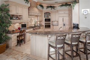 Naples Real Estate - MLS#216069611 Photo 9