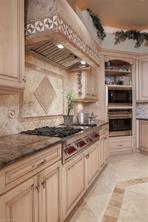 Naples Real Estate - MLS#216069611 Photo 10