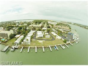Naples Real Estate - MLS#216007712 Photo 4