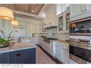 Naples Real Estate - MLS#216010712 Photo 6