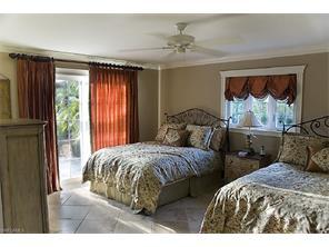 Naples Real Estate - MLS#216078213 Photo 9
