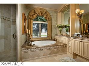 Naples Real Estate - MLS#215026814 Photo 10