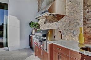 Naples Real Estate - MLS#215063817 Photo 17