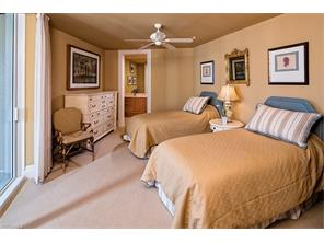 Naples Real Estate - MLS#217005718 Photo 10