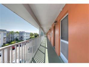 Naples Real Estate - MLS#217014018 Photo 19