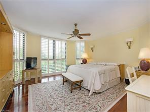 Naples Real Estate - MLS#217016818 Photo 5