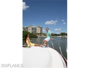 Naples Real Estate - MLS#216000320 Photo 21