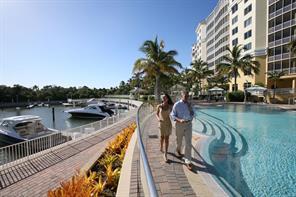 Naples Real Estate - MLS#216000320 Photo 17