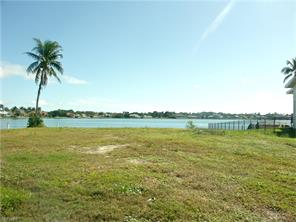 Naples Real Estate - MLS#216001420 Photo 19