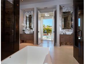 Naples Real Estate - MLS#216035121 Photo 18