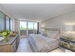 Naples Real Estate - MLS#217006321 Photo 32