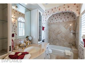 Naples Real Estate - MLS#216022322 Photo 15