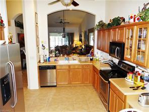 Naples Real Estate - MLS#216051422 Photo 4